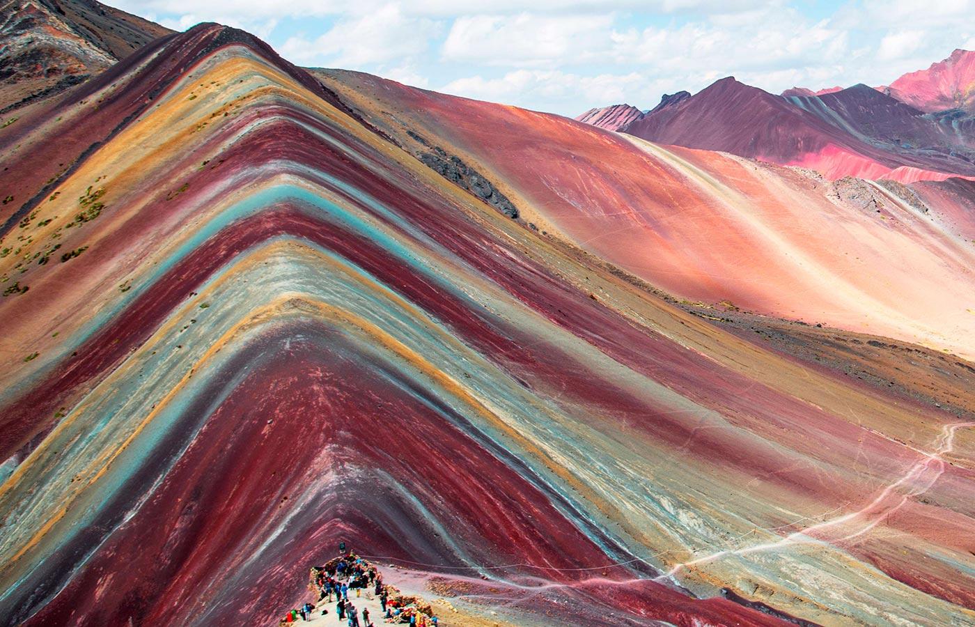 Tour Rainbow Mountain | Vinicunca Full Day | Ollantaytambo Travel